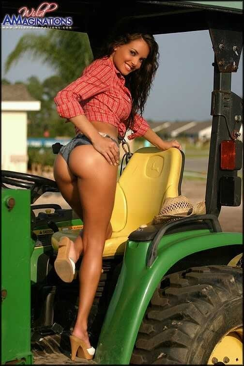 country-female-on-tractors-nude-threesome-husband-ignore-wife