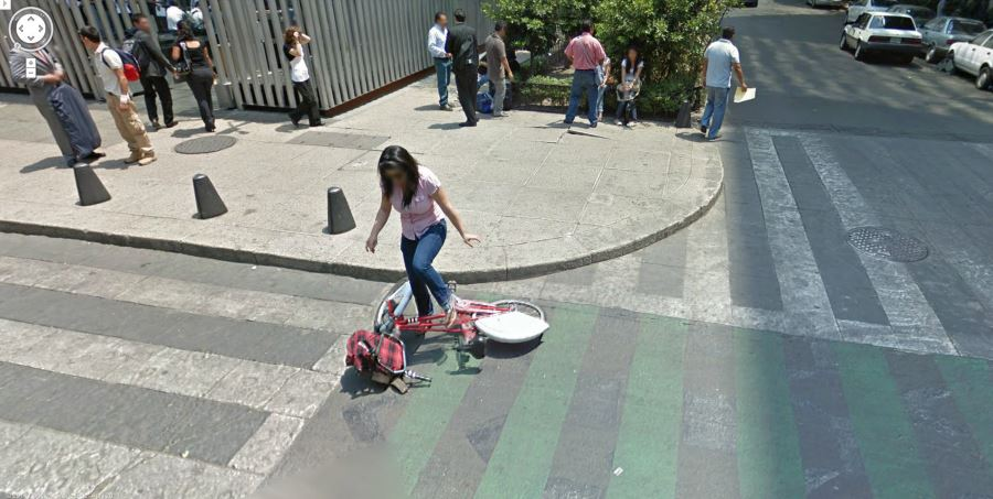Funny Pictures: Google Street View Fails - image funny-pictures-google-street-view-fails-5 on http://www.topbestpics.com