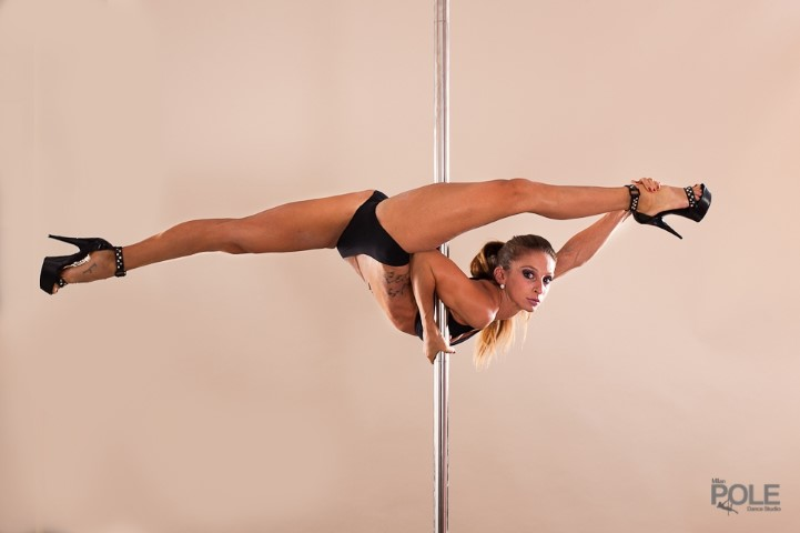 sexy pole dancer pole dance