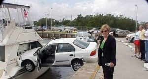 funny woman car fails