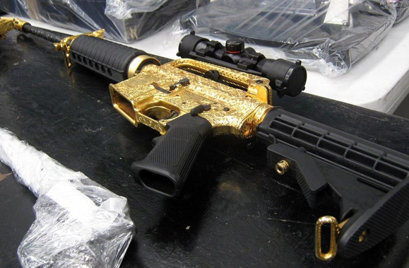 gold mafia guns